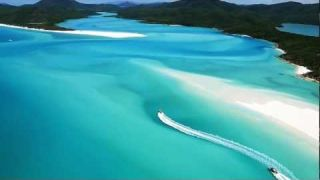 Whitehaven Beach - Whitsunday Islands - Australia